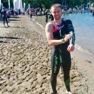 Michał Michałków zawodnik trenujący u Emila start Triathlon Sieraków - pływanie bieganie rower